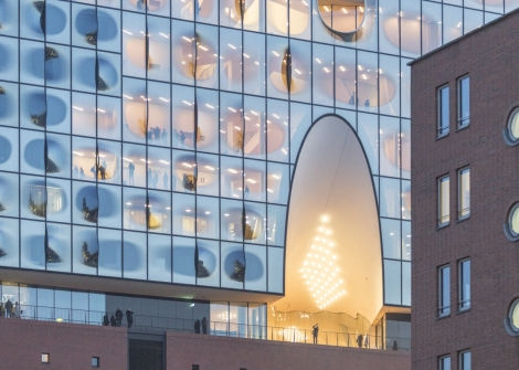 See How Herzog & de Meuron's Elbphilharmonie Hamburg Sits in Its Context